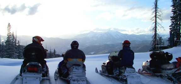 snowmobile_adventure_with_outlaw_tours.jpg